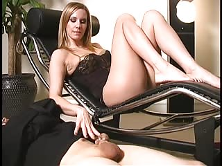 Maitresse Madeline with her chastised slave